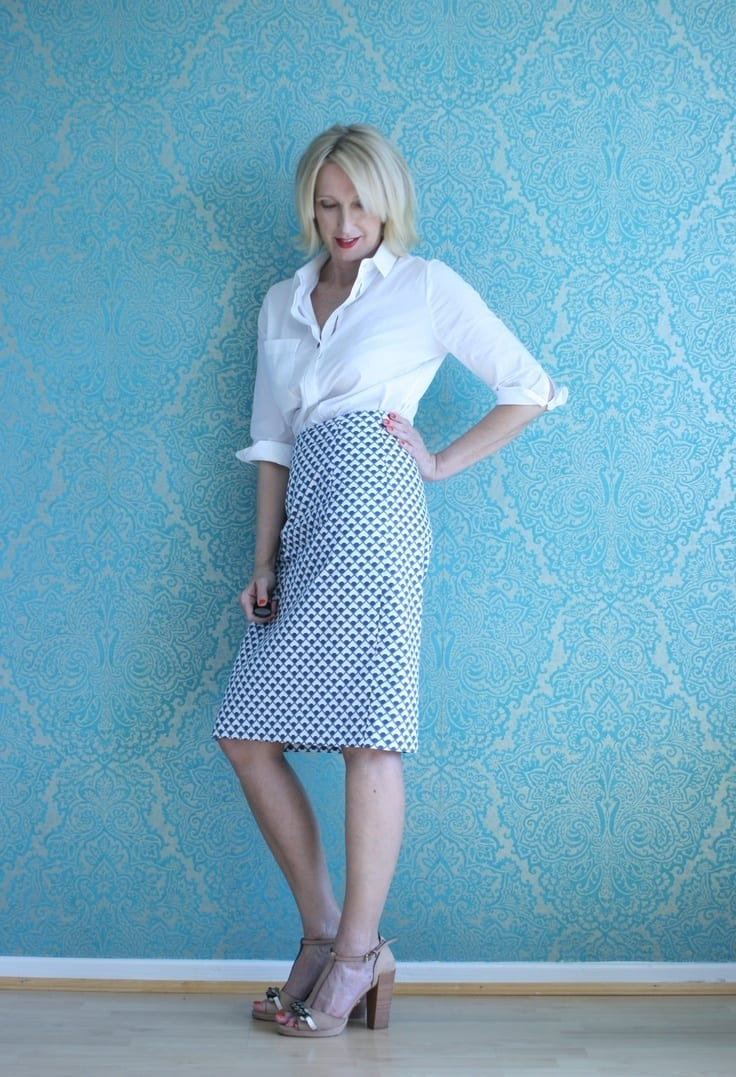 Dressing Styles for Women Over 50 -18 Outfits for Fifty Plus