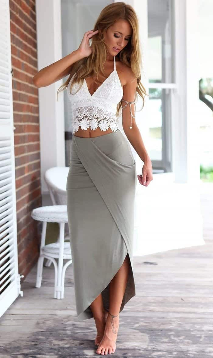 Beach Wedding Outfits-14 Outfits to Wear on Beach Wedding