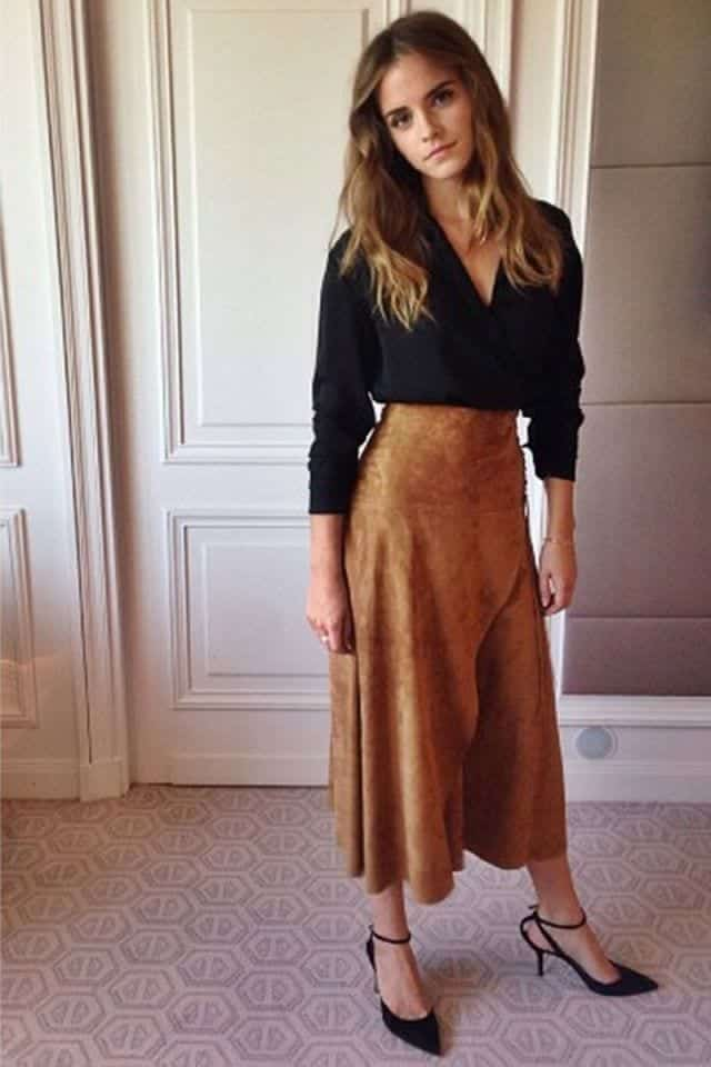 82a5b1dbaa  8- Celebrity Inspired Fall  Winter Outfit. Emma Watson looks as pretty as  ever in her suede skirt ...