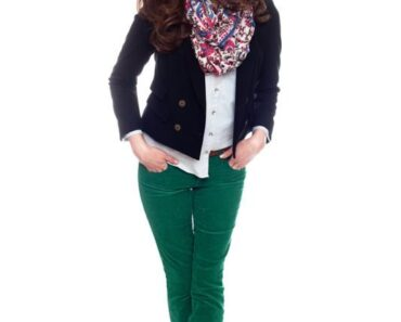 16 outfits for every size women with corduroy pants (3)
