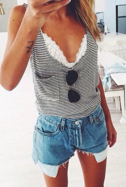 wear outfit outfits bralette shorts denim ways york lace confidently vacations roupas tank striped looks spring outfittrends trendy bra sunglasses