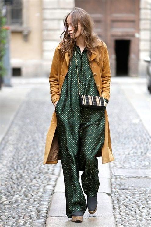 ideas to wear camel coats (9)