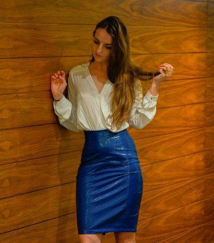 44b4ab3934 You can wear a bright colored skirt like blue, yellow, red maybe with some  shine. Add a light colored or neutral shade blouse to it and enjoy your  glam ...