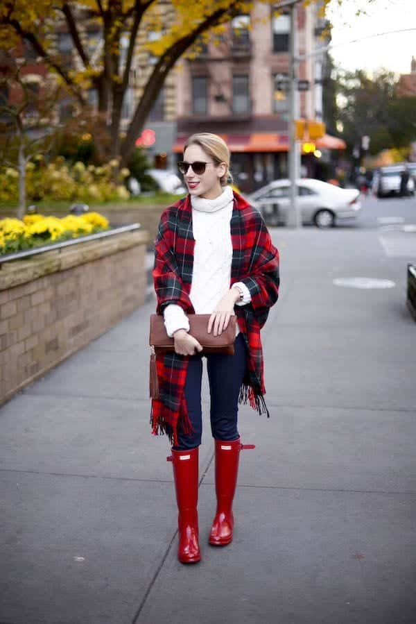 how to style hunter boots 17