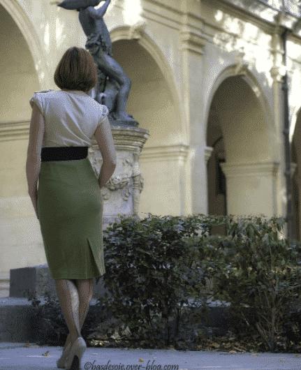 women pencil skirt outfits