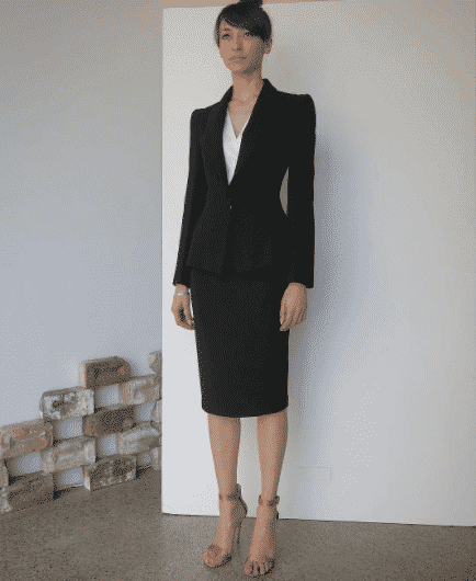 pencil skirt suit outfit