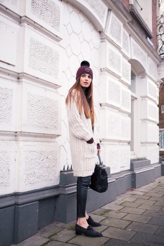 Cute outfits to wear in winters (9)