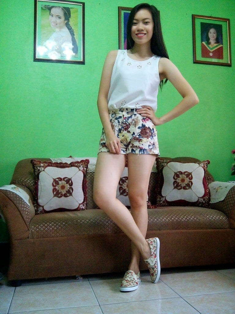 Outfits with floral shorts (28)
