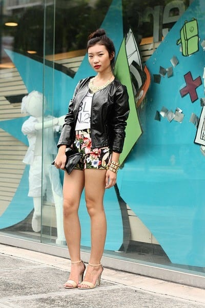 Outfits with floral shorts (6)