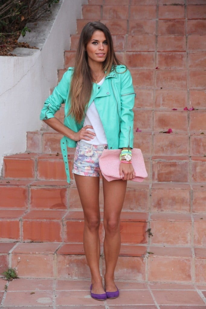 Outfits with floral shorts (5)