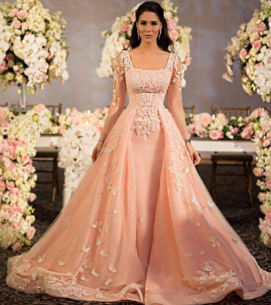Engagement Outfits Beautiful Dresses To Wear On