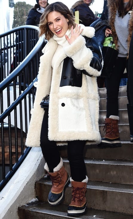 Women Outfits With Shearling Coats 19 Ways To Wear Stylishly