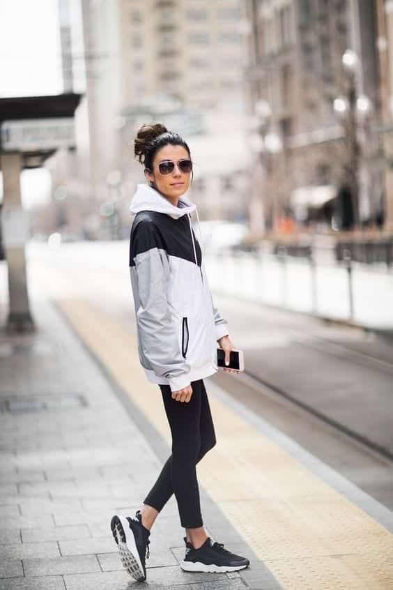 Stylish outfits to wear with Nike shoes (19)