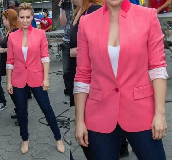 262d07ba7656 Outfits with Pale Pink Blazers- 19 Ways to Wear pink Blazers