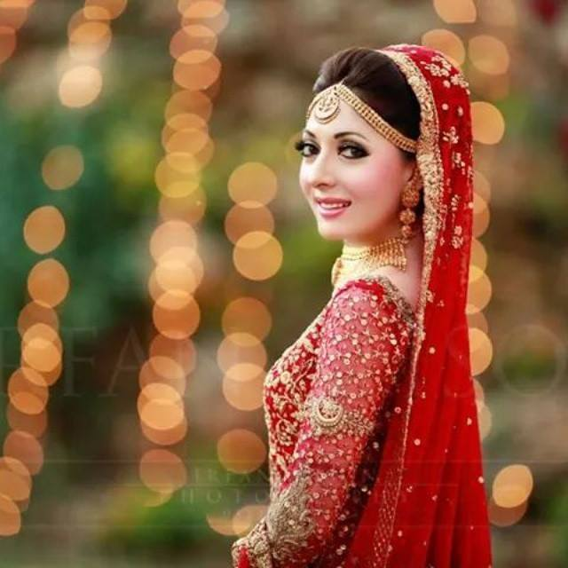 Pakistani Bridal Hairstyles For A Perfect Look (17)