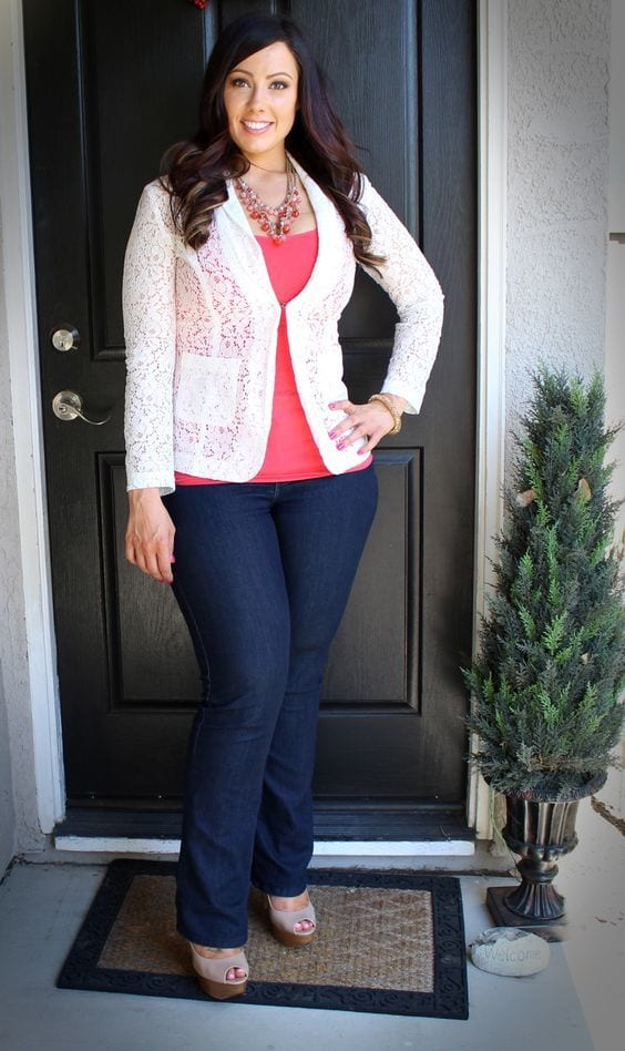 Stylish ways for curvy and plus size women to wear Blazer (4)