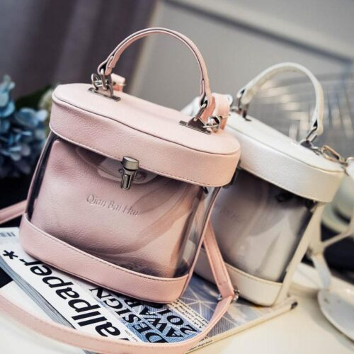 Style tips to carry clear and transparent handbags (3)