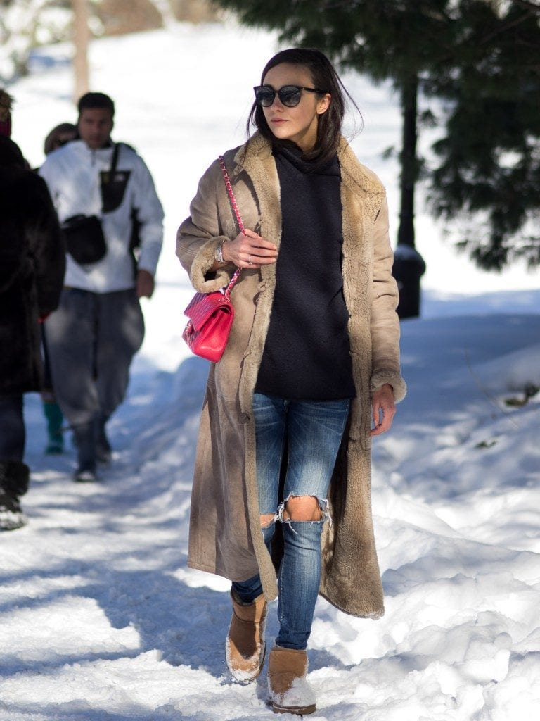 How to wear Shearling Boots - Ideas to wear Dresses with boots (23)