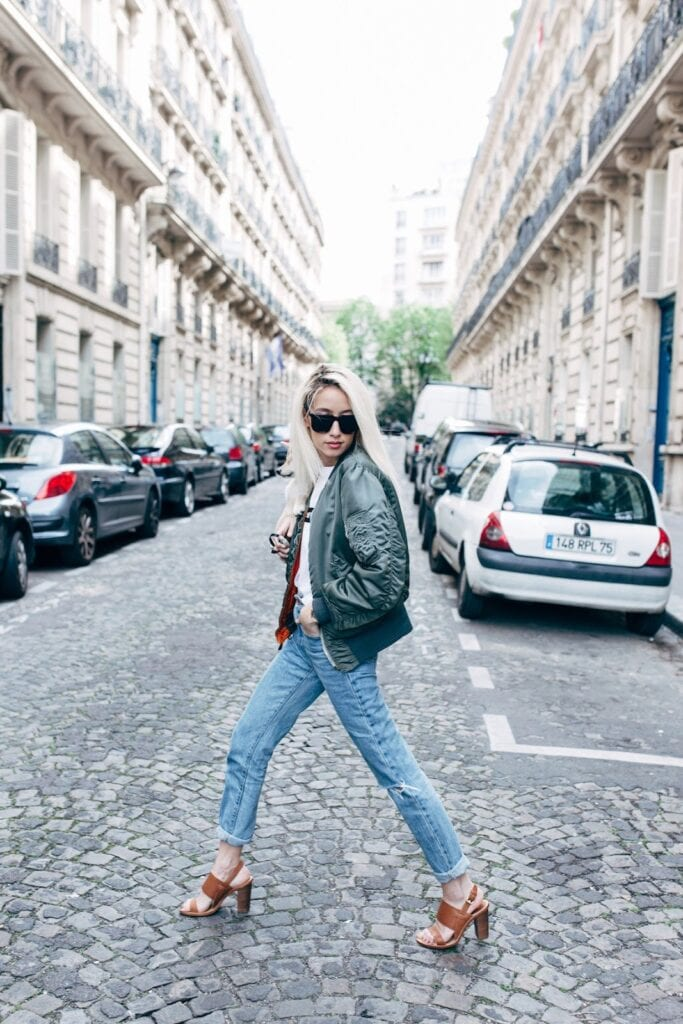 How to Wear Outfits With Bomber Jacket (27)