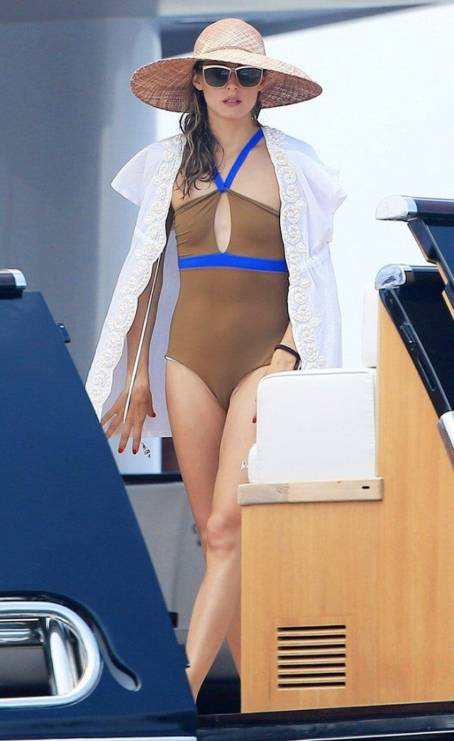 beach-outfit-olivia-palermo