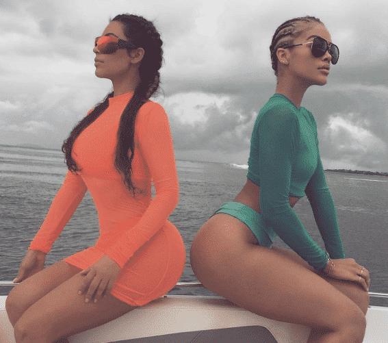 kim-kardashian-beach-outfit