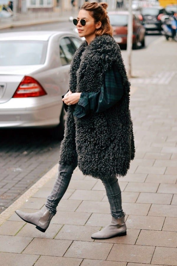 winter outfits with furs (18)