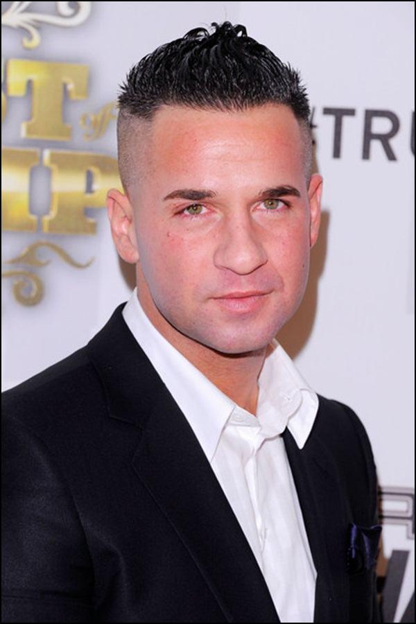 Undercut hairstyle for men (20)