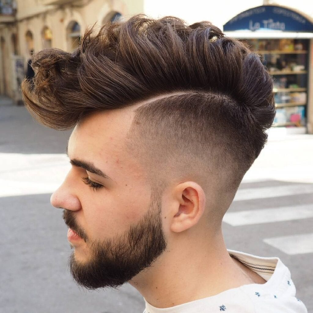 Undercut hairstyle for men (28)