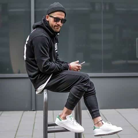 a8415bc26aa6 How to Style Adidas Superstar Men-18 Outfits with Adidas Sneakers