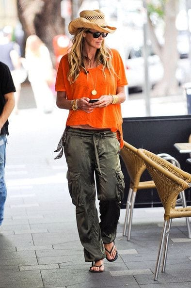 Cargo pants outfits for women (7)