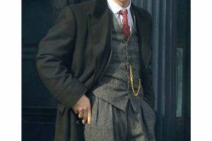 Waistcoat Outfits for Men (15)