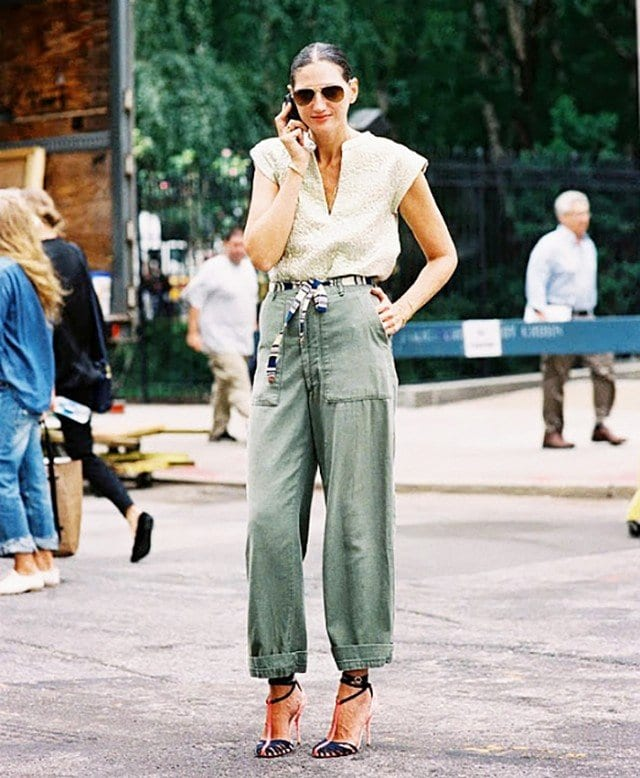 Cargo pants outfits for women (16)