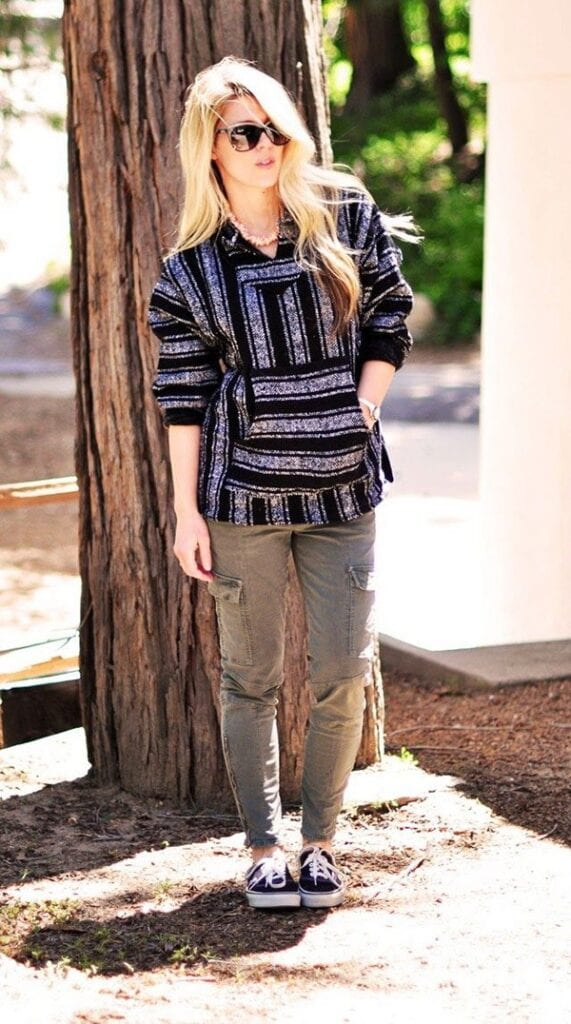 Cargo pants outfits for women (14)