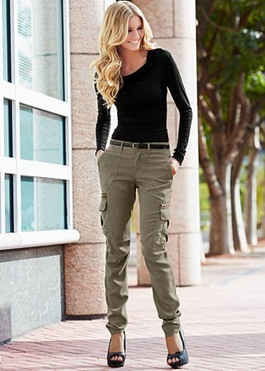 Cargo pants outfits for women (11)