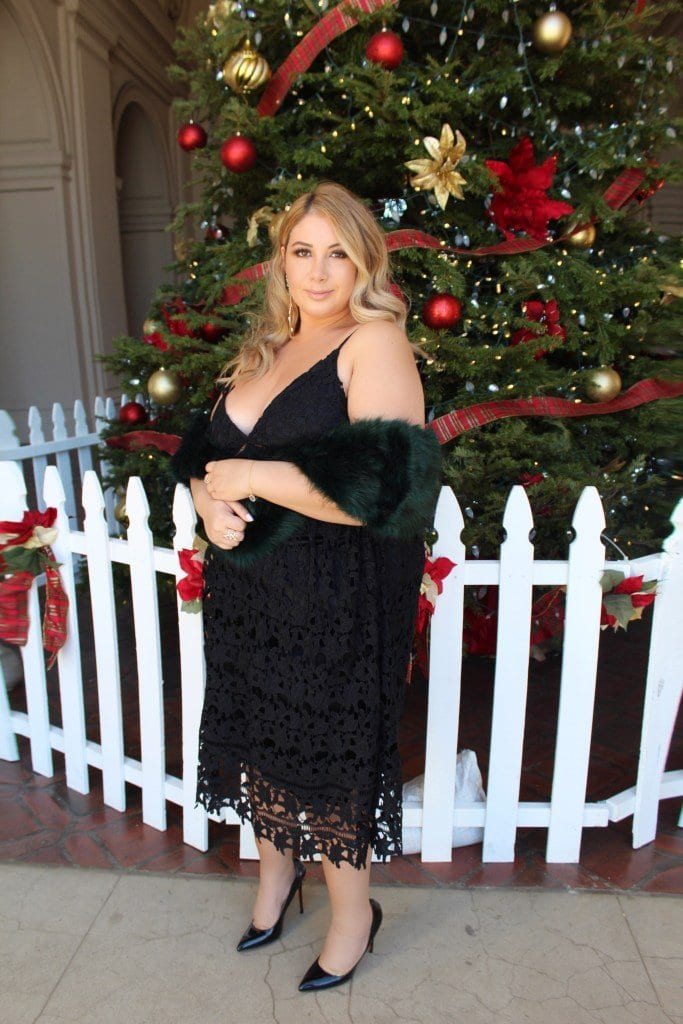 curvy girls christmas date outfit
