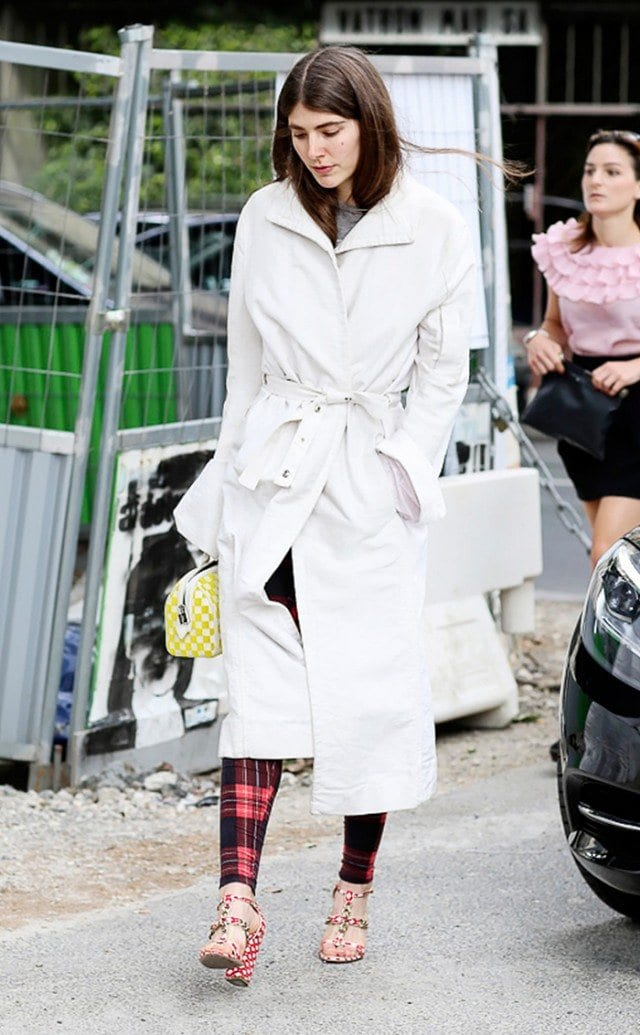 Trench Coat Outfits Women-19 Ways to Wear Trench Coats this Winter (9)