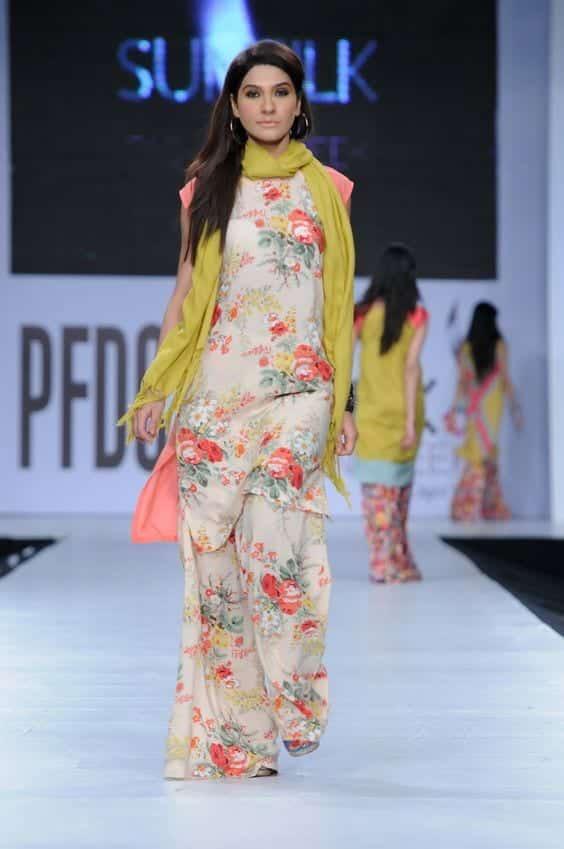 Floral print designer's Palazzo pants with same print kurti