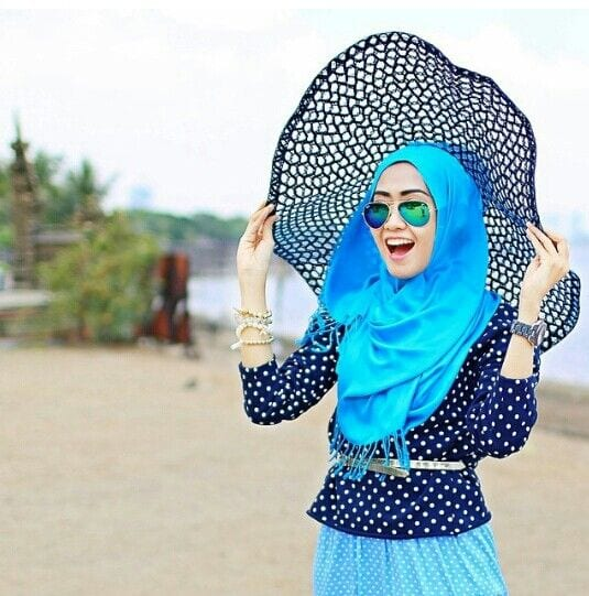 HOW TO WEAR CAPS/ HATS WITH HIJAB