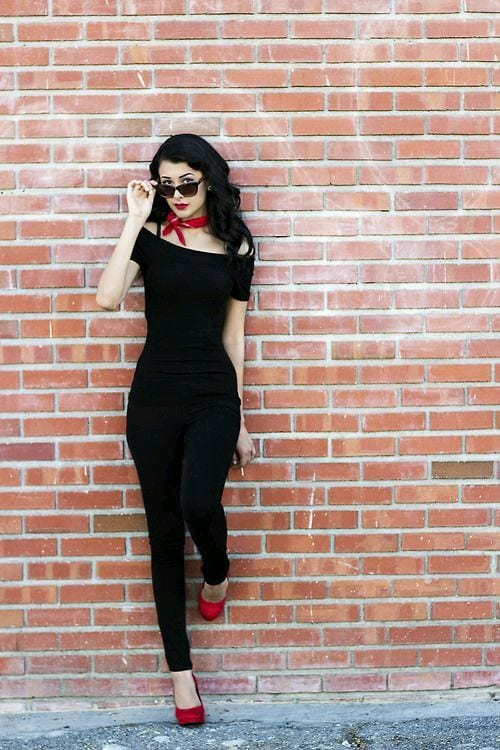 Women's Outfits with Red Shoes- 30 Outfits to Wear with ...