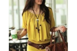 Yellow Outfits For Women-14 Chic Ways to Wear Yellow (5)