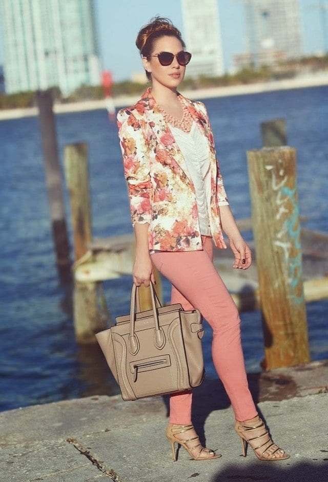 e67973f1355 Spring Outfits With Floral Jackets-12 Cute Outfit Ideas