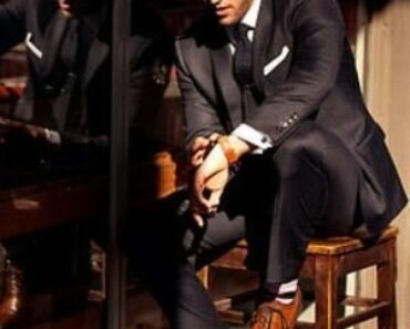 How to wear brown shoes with black pants for men (16)