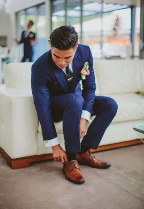 Blue Suits with Brown Shoes Ideas for Men (10)