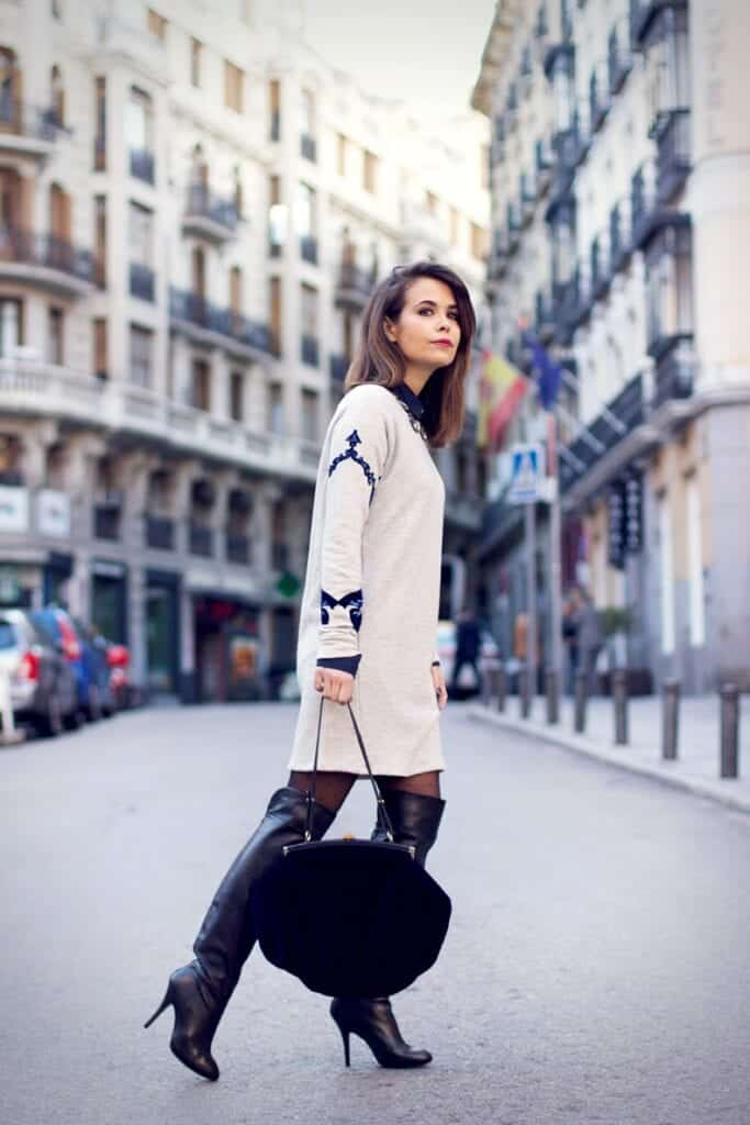 Outfits with Velvet Handbags (9)