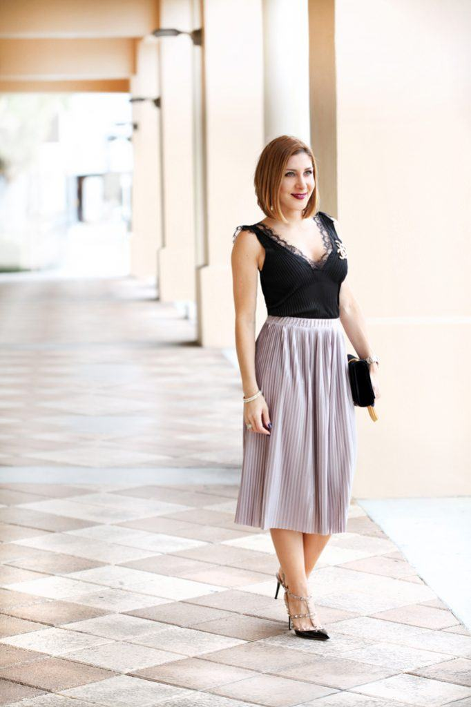 Outfits with Velvet Handbags (6)
