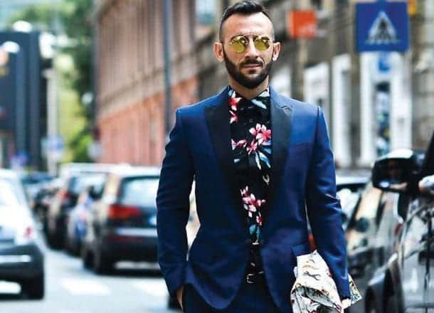 how to wear a floral shirt outfit for men (10)
