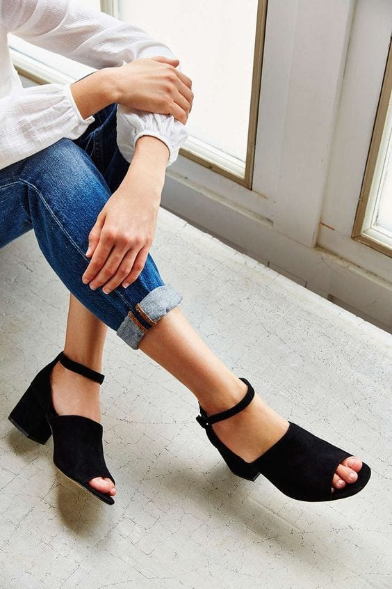 How to Wear Jeans with Ankle Strap Sandals