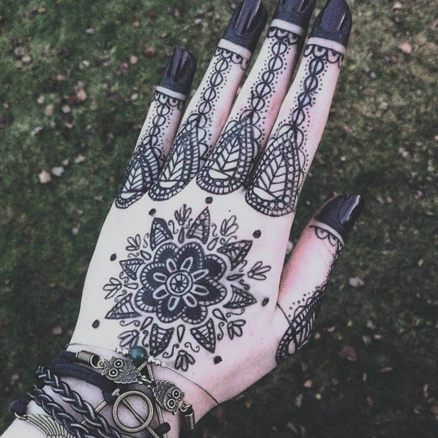Black Henna Tattoo Designs: Trending Mehndi Designs-50 Latest Henna Tattoo Ideas For 2019