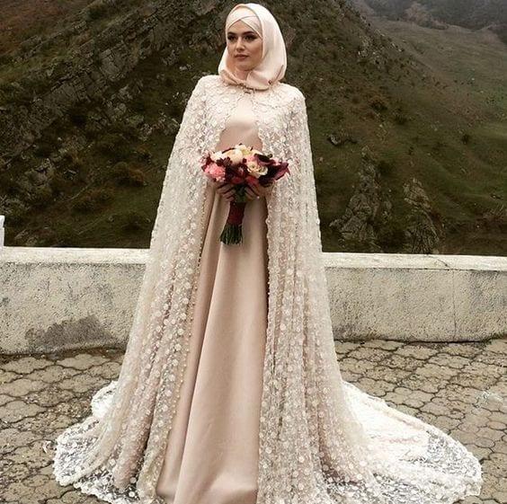 20 Ways to Wear Silk Hijab (28)