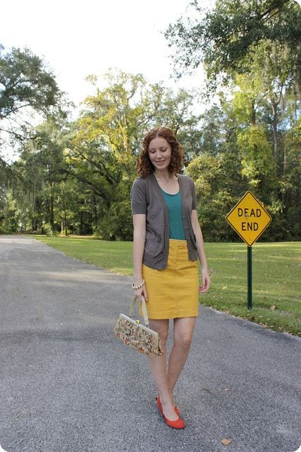 how to wear yellow skirt (1)